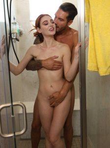 душ с проституткой